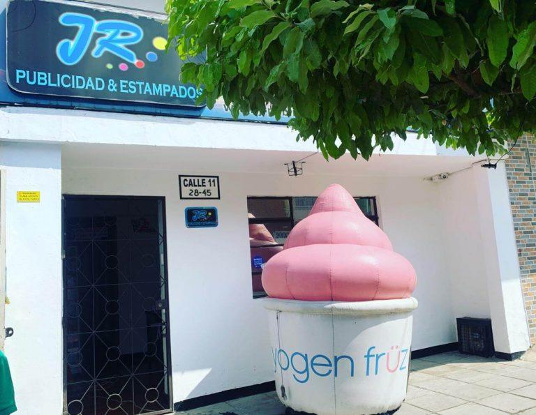 Dummies personalizado yogen früz
